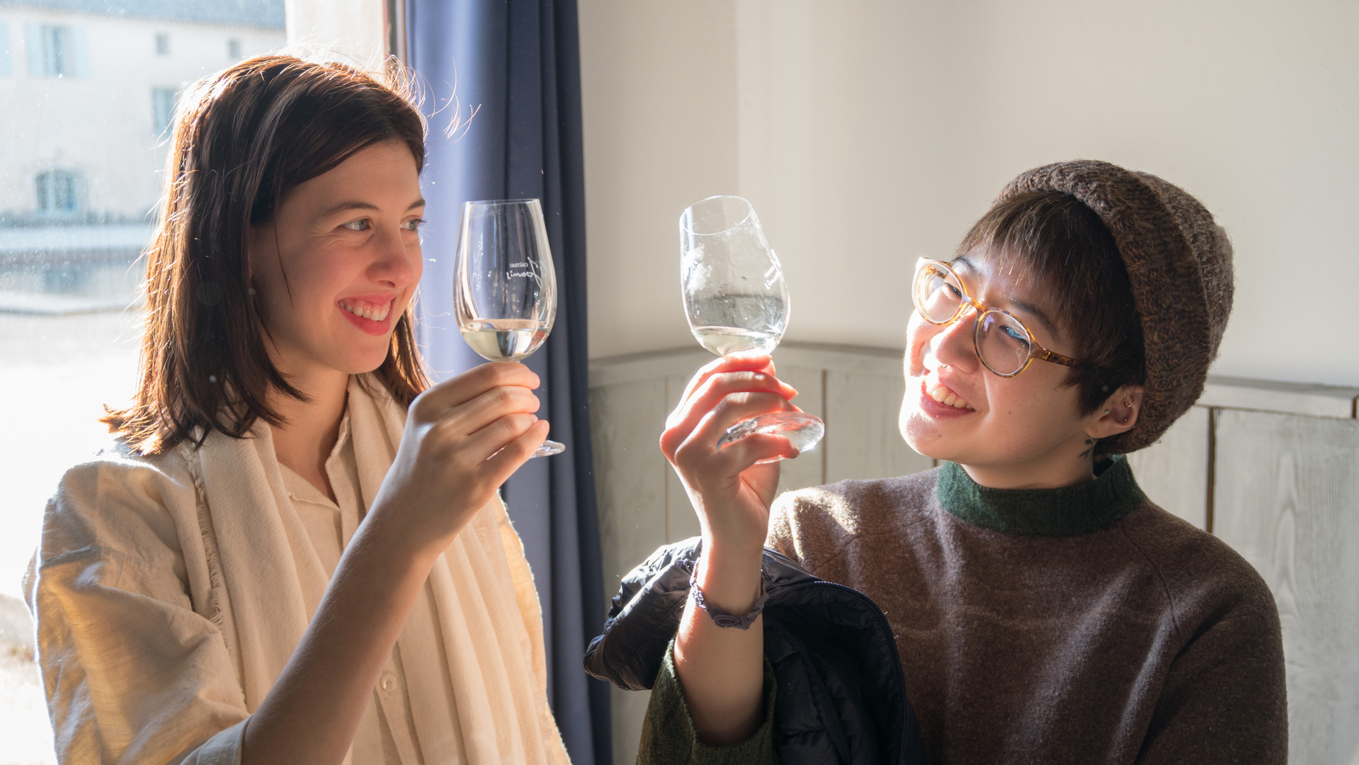 Wine tasting study abroad students Rowan Sinclair-Gregg and Jae-Yoon Shin