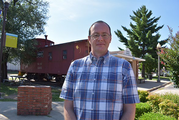 Daryl Breithaupt (SF13, EC14) is a substitute teacher in his hometown of Rogers, Arkansas.