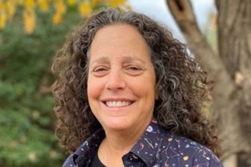 Dr. Leslie Kay (SF83)