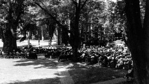 Annapolis_Commencement_1953_Under_Liberty_Tree.jpg