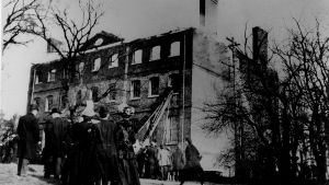 McDowell Hall during the Fire in 1909 SJC